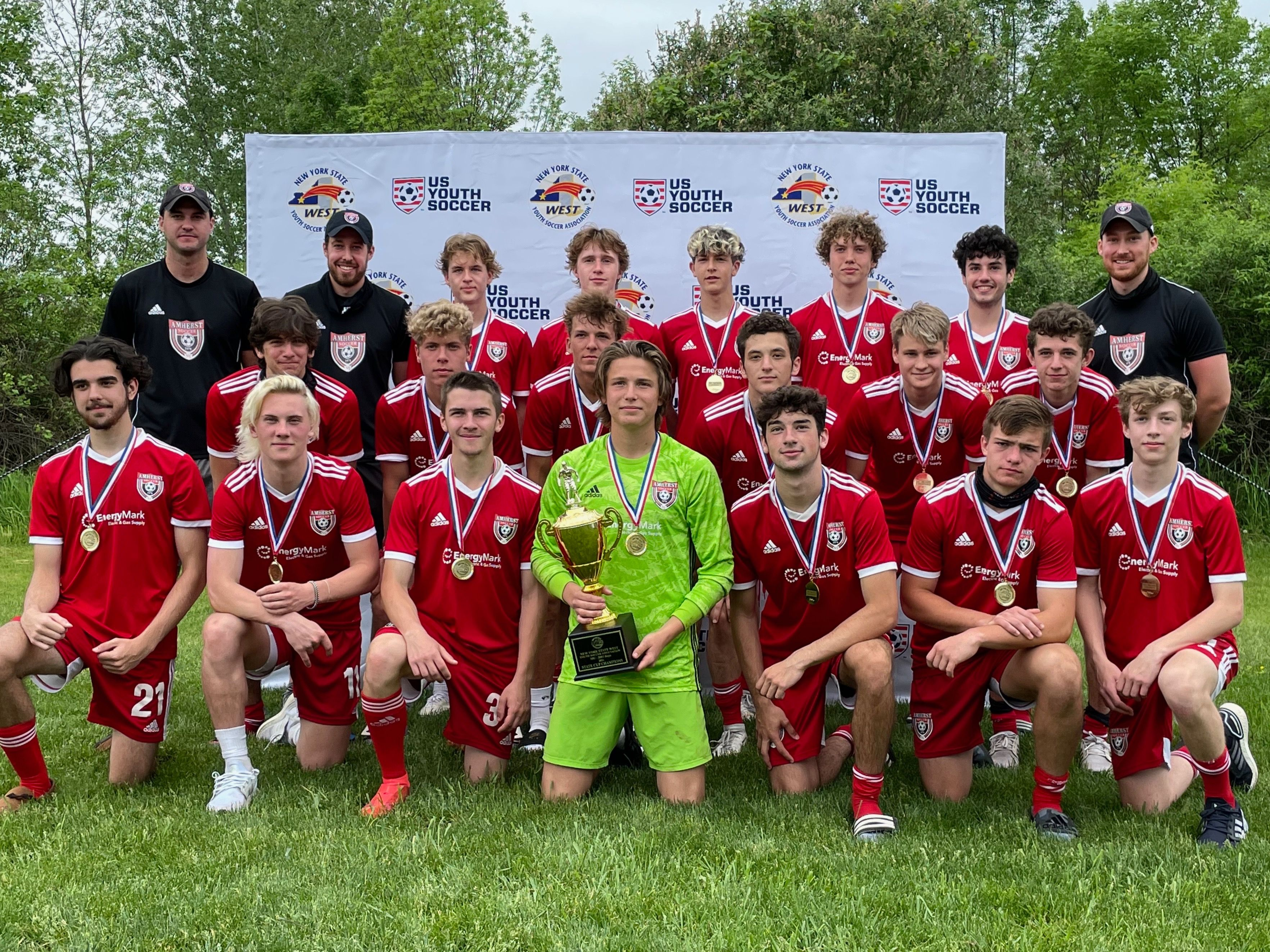 FIRST AMHERST TEAM TO WIN STATE CUP IN 25 YEARS!